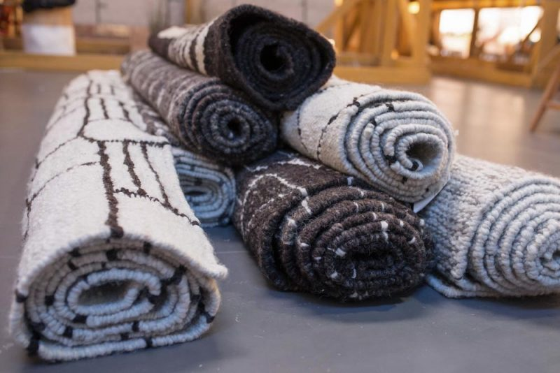 hand-weaved Wool Area Rugs all natural colours
